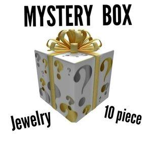 Jewelry - Mystery ❓ Reseller Fashion Jewerly Box! 10 items